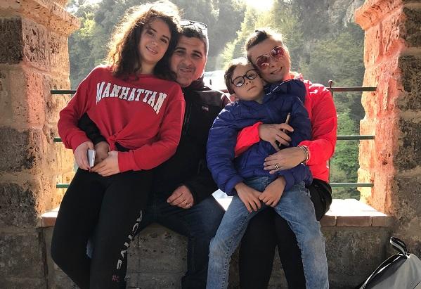 famiglia in fuga (002)